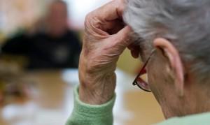 hjelpemidler for eldre med demente
